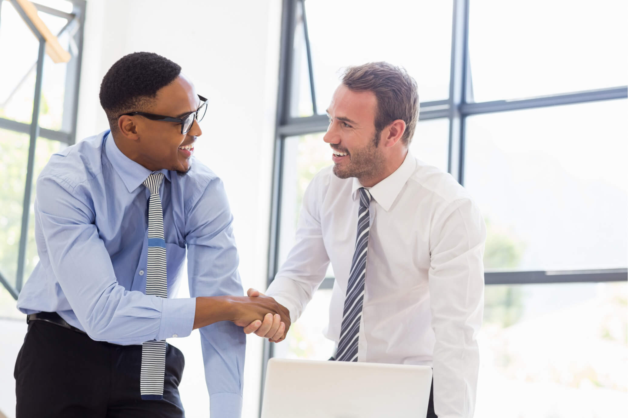 how to build a relationship with a recruiter