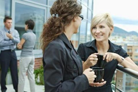 Women who value friendships at work enjoy coffee on break